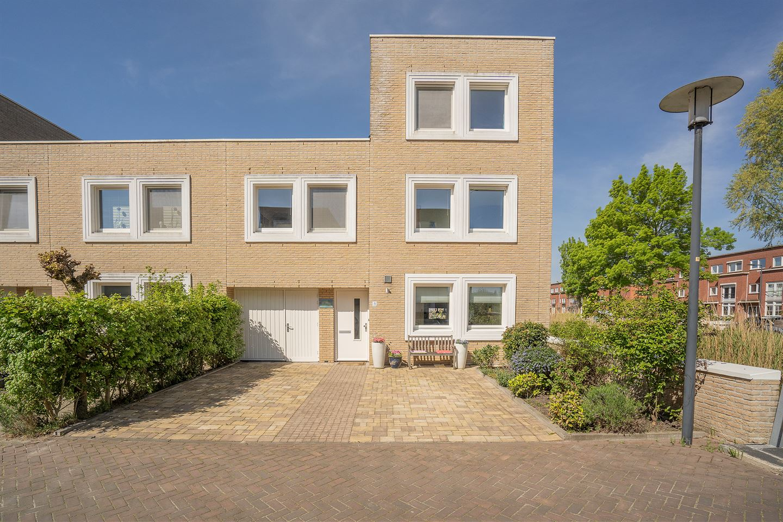 Bekijk foto 1 van Bertus Meijerstraat 1