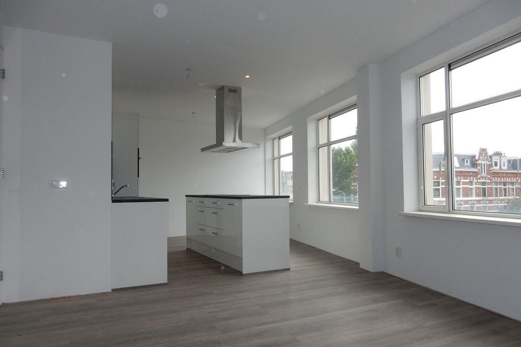Bekijk foto 2 van Weimarstraat 182 E