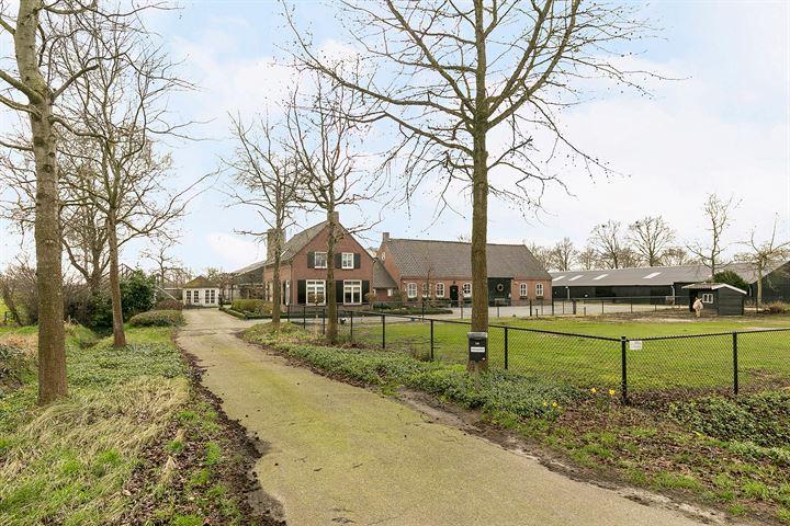 Mosselaarweg 15, Best