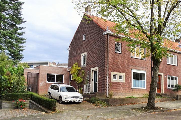 Van Alphenstraat 10
