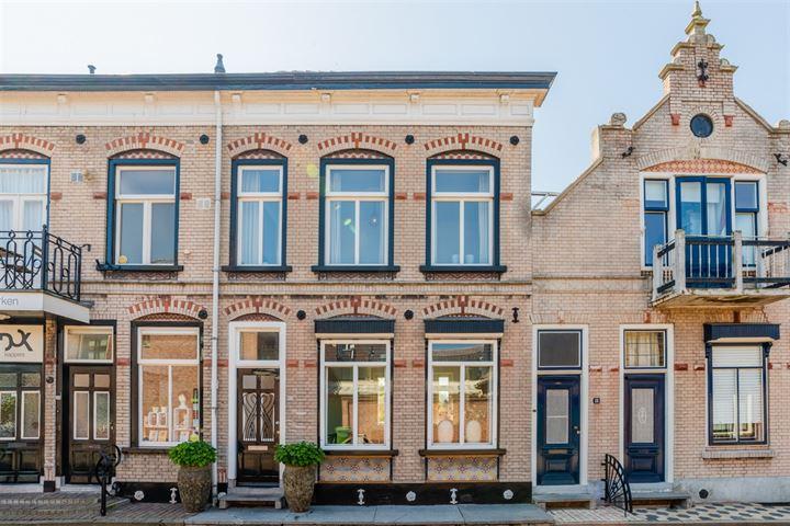 Raadhuisstraat 16