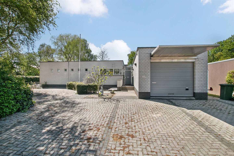 Bekijk foto 2 van Pieter de Hoochstraat 26