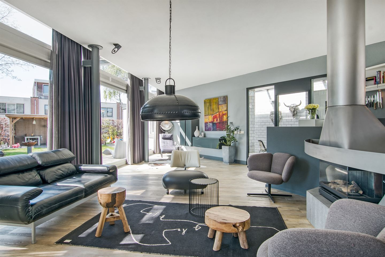 Bekijk foto 3 van Pieter de Hoochstraat 26