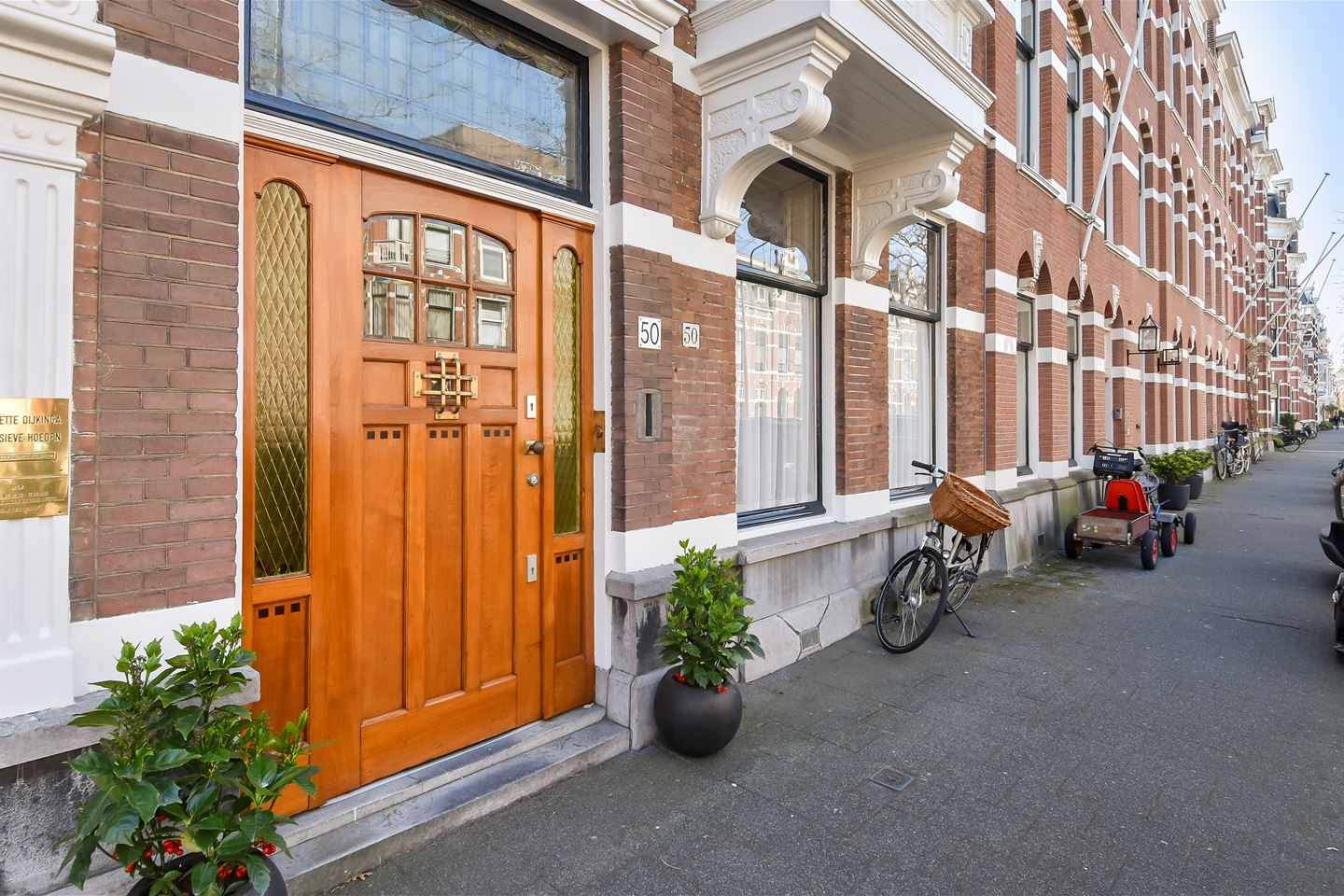 View photo 6 of Jan van Nassaustraat 50