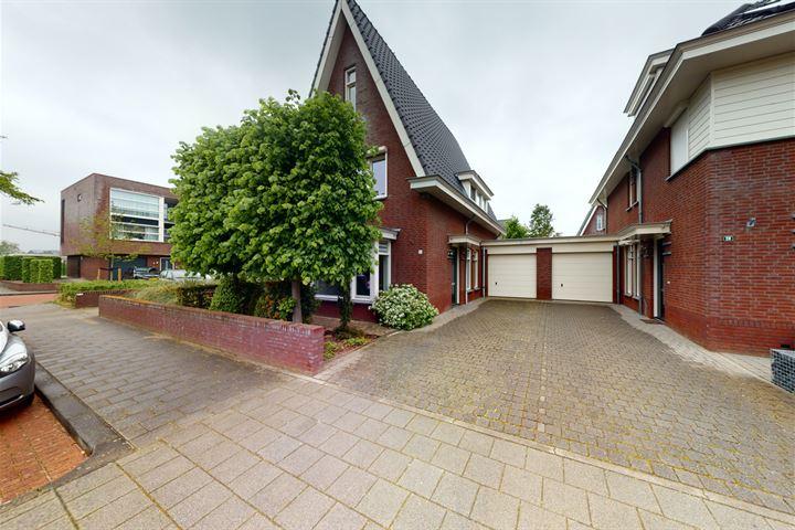 Johannes Vermeerstraat 30