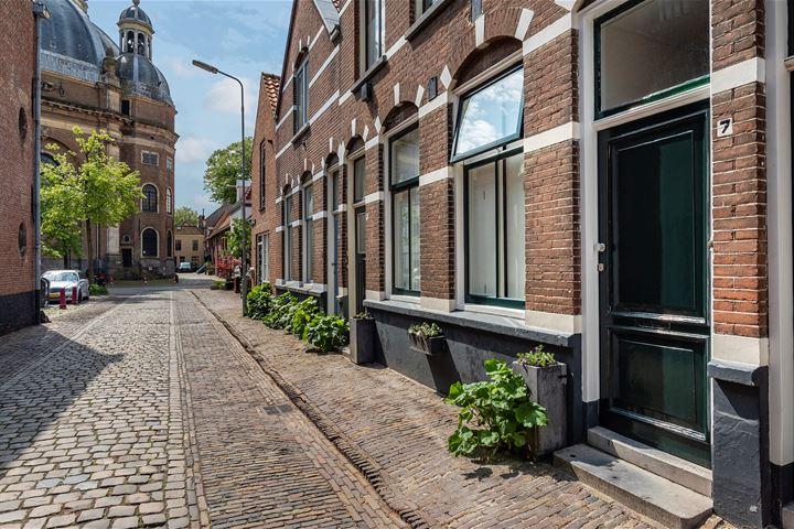 Oostkerkstraat 7