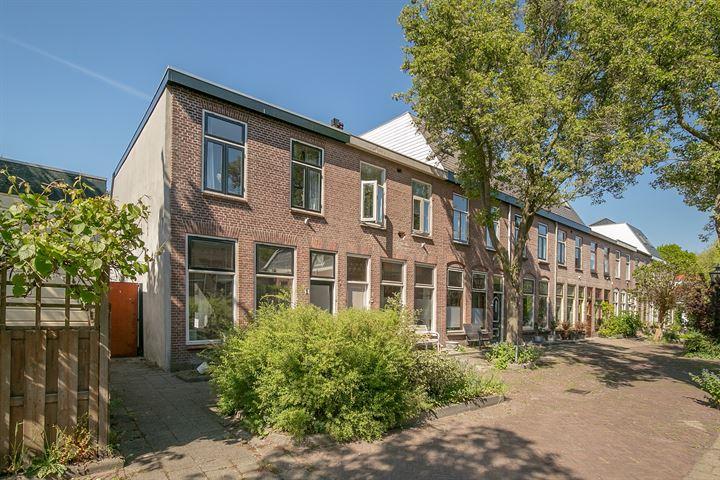 Dr. van Rhijnstraat 1