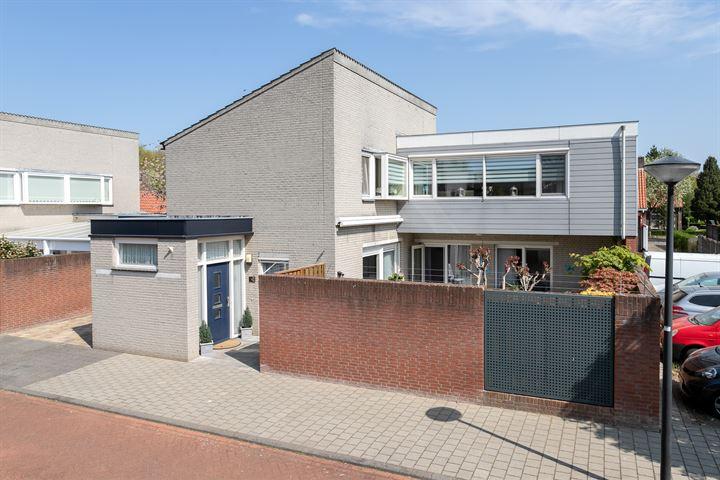 Johan Frisostraat 10
