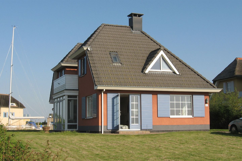 View photo 1 of Middelweg 85