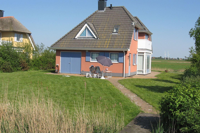 View photo 3 of Middelweg 85