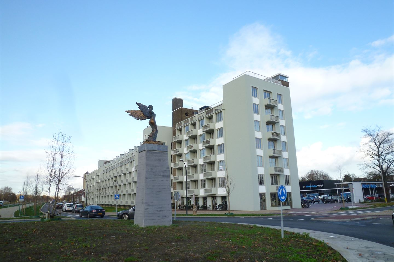 Bekijk foto 2 van Koningsplein flat 115 -B