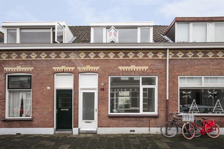 Bloemstraat 19