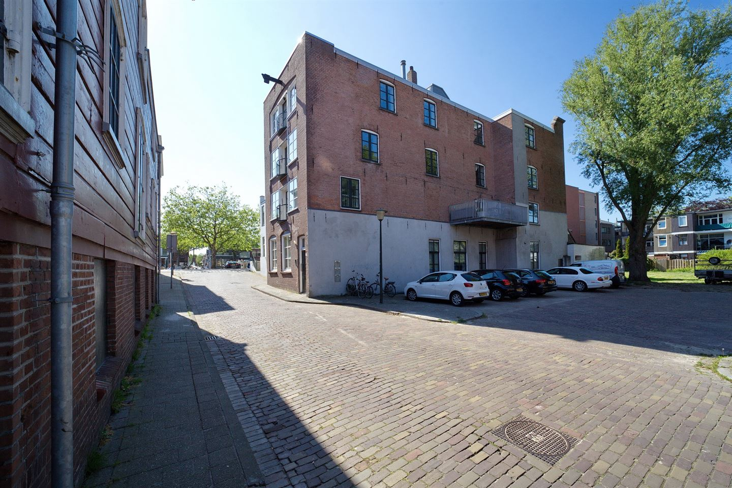 View photo 2 of Willem Beukelszoonstraat 3 a