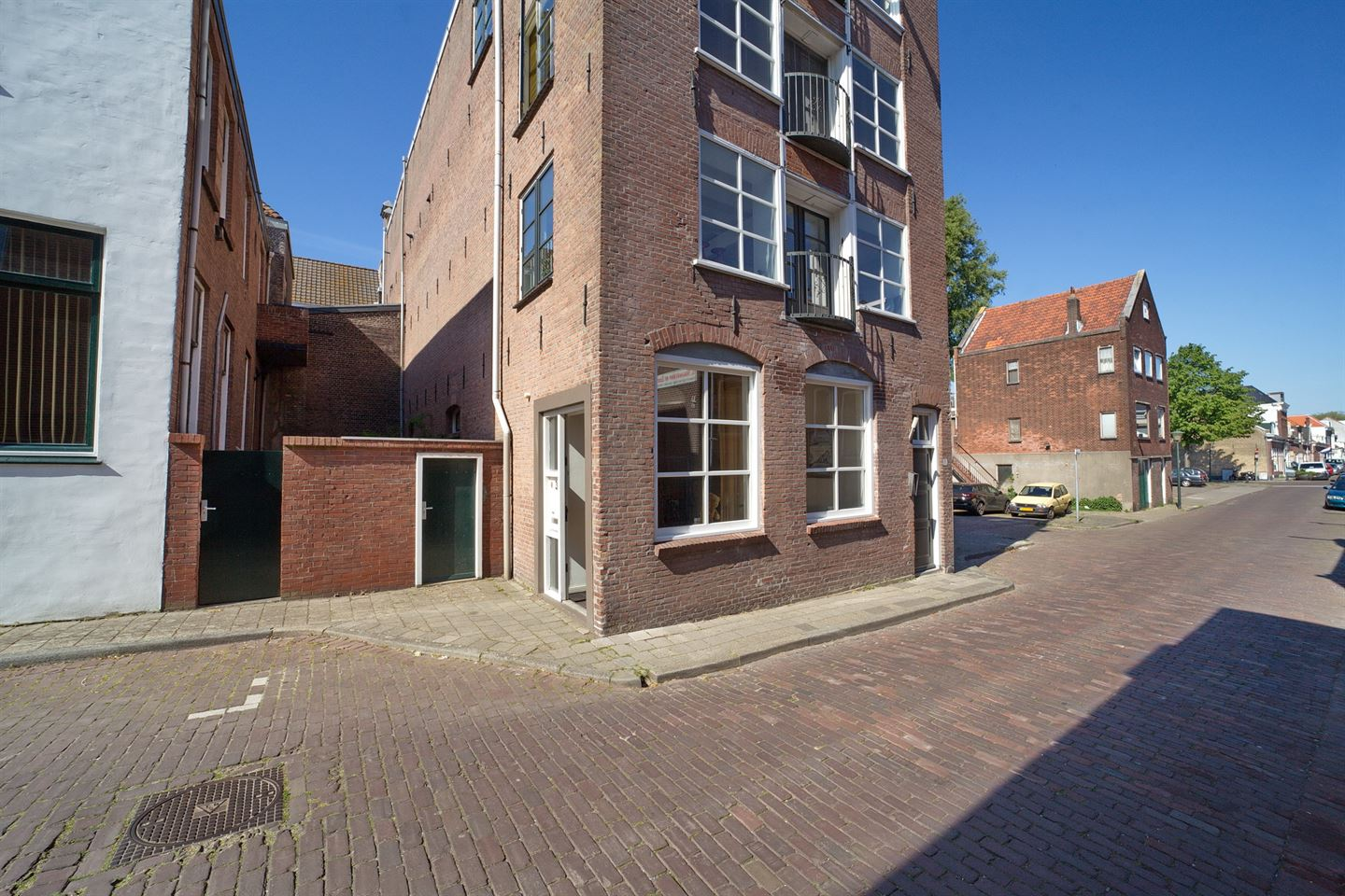 View photo 3 of Willem Beukelszoonstraat 3 a
