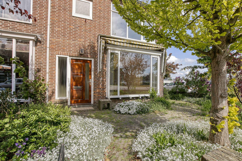 Bekijk foto 2 van Dr. de Bruijnestraat 33