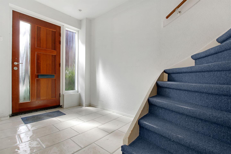Bekijk foto 3 van Dr. de Bruijnestraat 33
