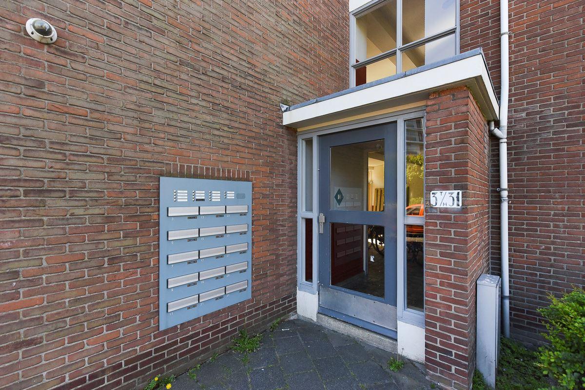 Bekijk foto 2 van Uhlenbeckstraat 17
