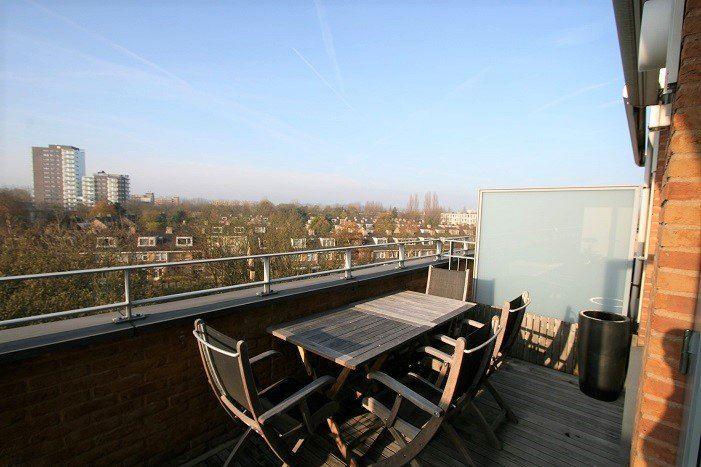 Bekijk foto 2 van Bachstraat 191