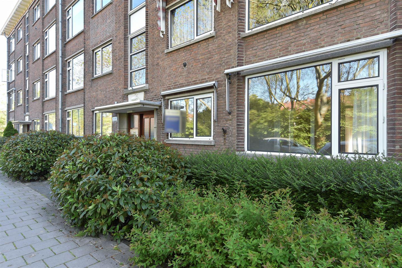 View photo 2 of Aart van der Leeuwkade 111