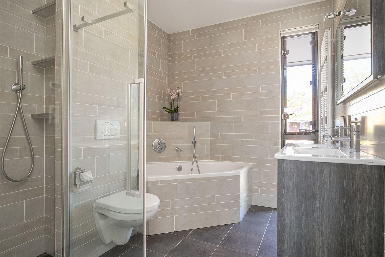 Bekijk foto 5 van Henri Matissestraat 72