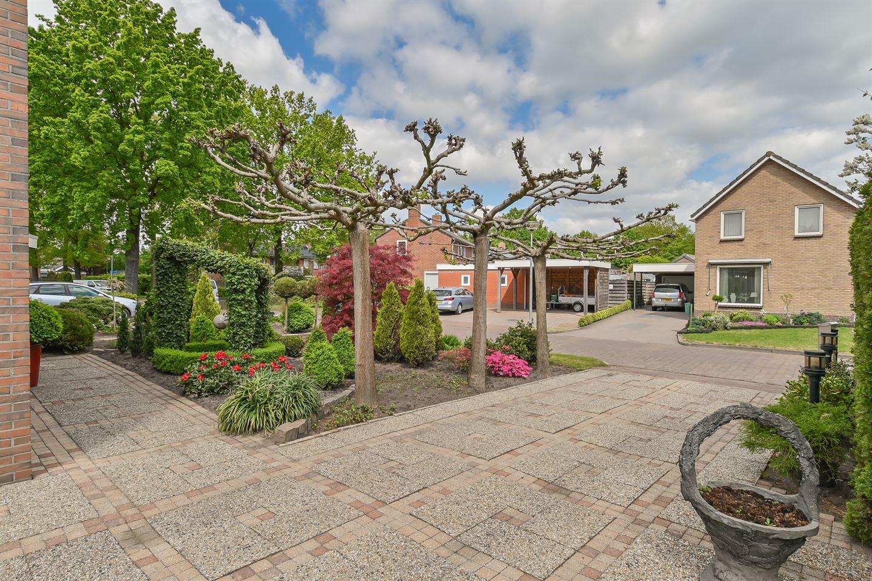 Bekijk foto 2 van Langeveldstraat 1