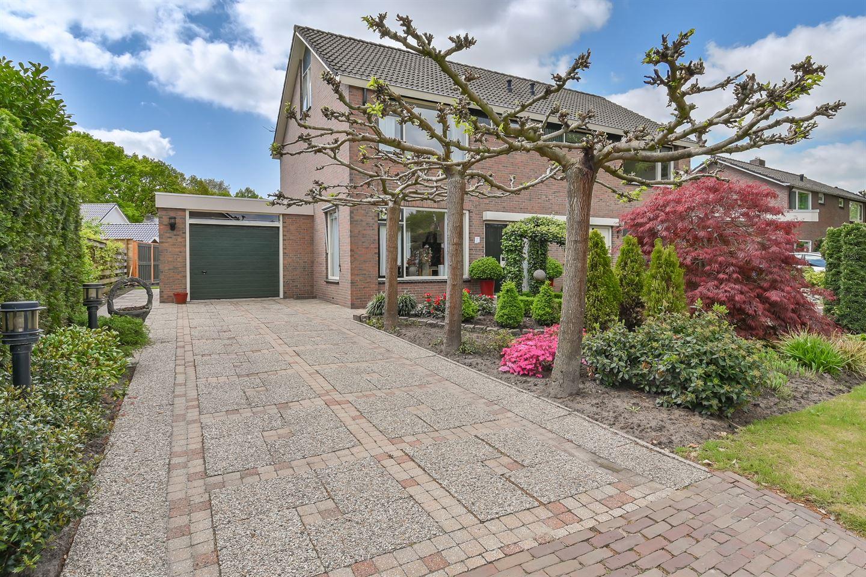 Bekijk foto 6 van Langeveldstraat 1