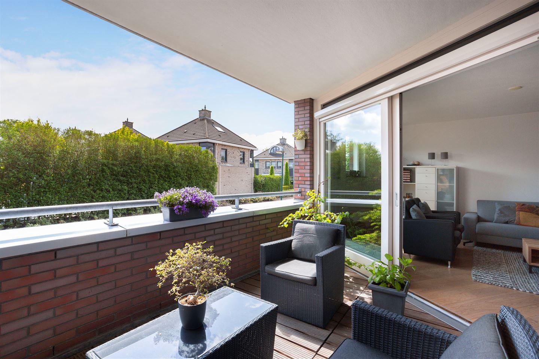 Bekijk foto 2 van Jac.P. Thijsselaan 56
