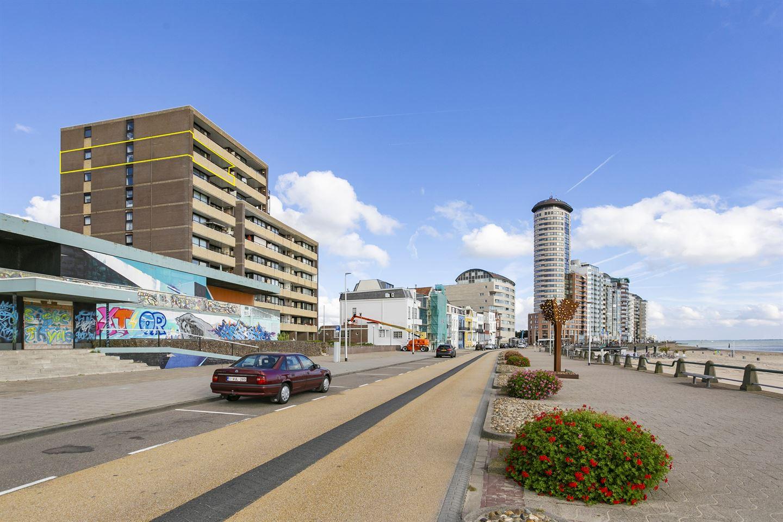 Bekijk foto 2 van Boulevard Evertsen 106