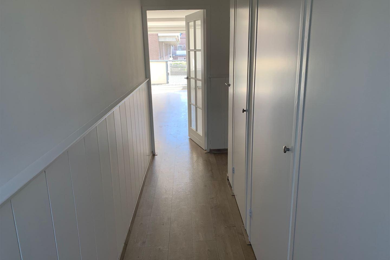 Bekijk foto 3 van Thomsonstraat 93