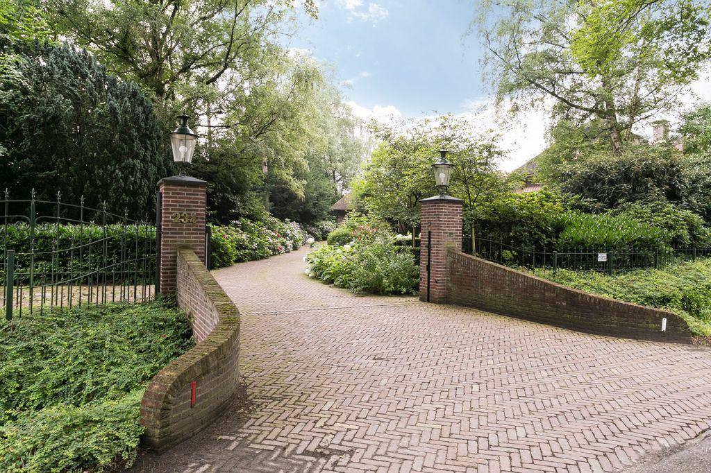 View photo 6 of Nieuwe Veenendaalseweg 234