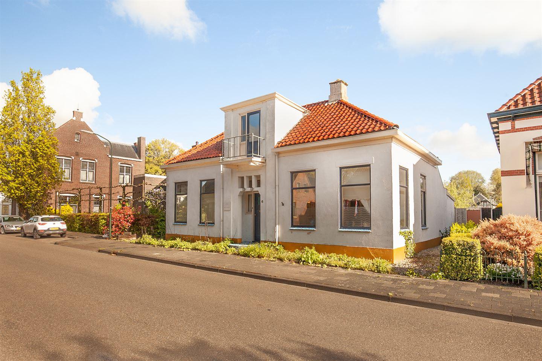View photo 2 of Mernaweg 6