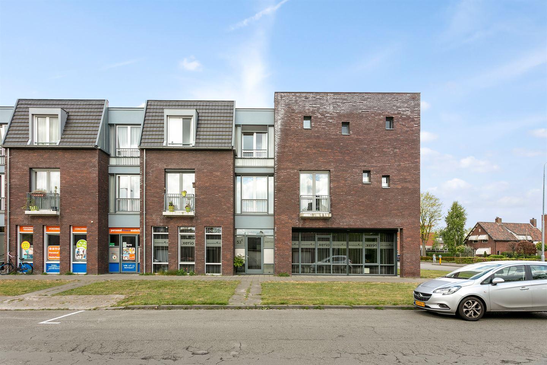View photo 1 of Mathenessestraat 53 C