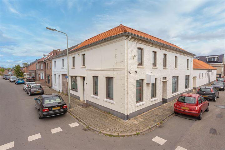 Broekstraat 2
