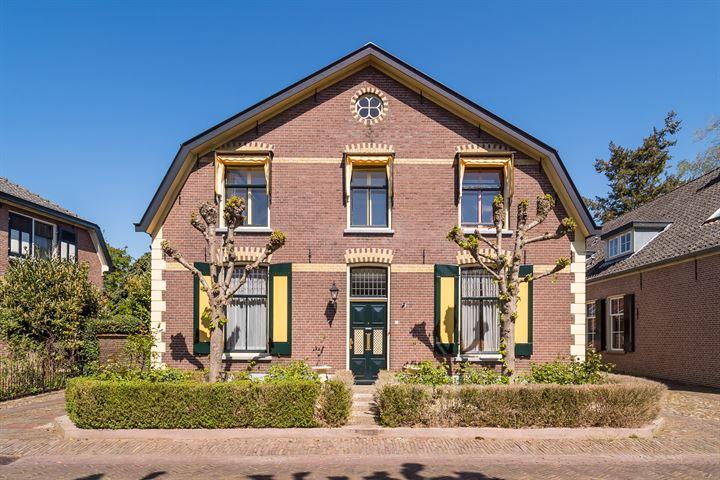 Burgemeester van den Boschstraat 43