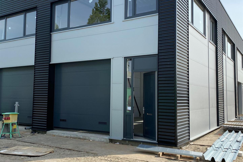 Bekijk foto 3 van Aluminiumstraat 10