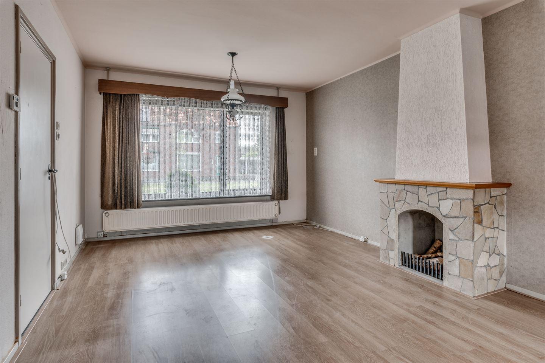 View photo 3 of Beatrixstraat 15
