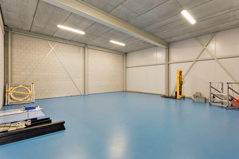 Bekijk foto 3 van Industrieweg 158 a