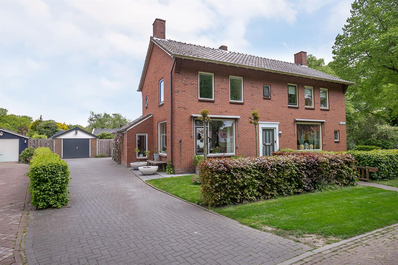Bekijk foto 3 van Molenstraat 13