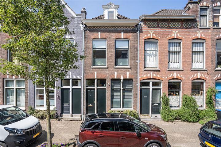 Koninginnestraat 43
