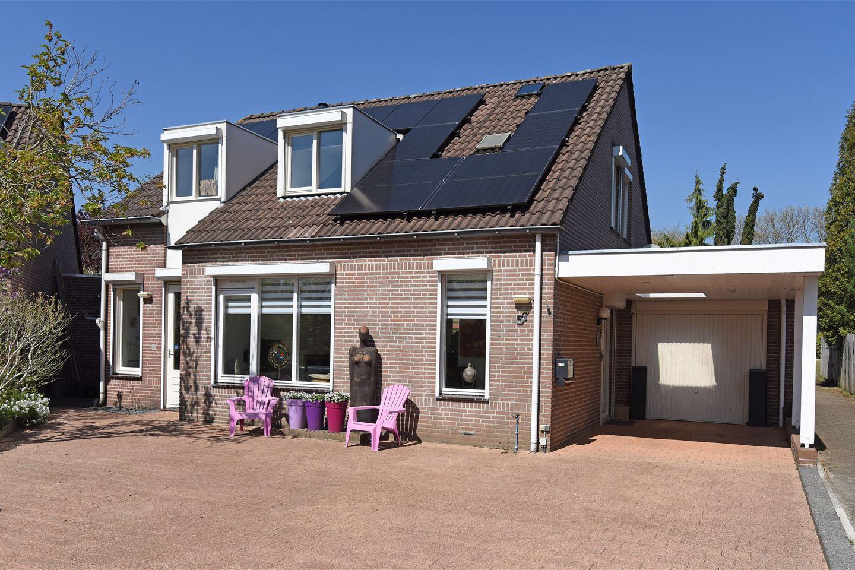 View photo 2 of Veldsingel 57