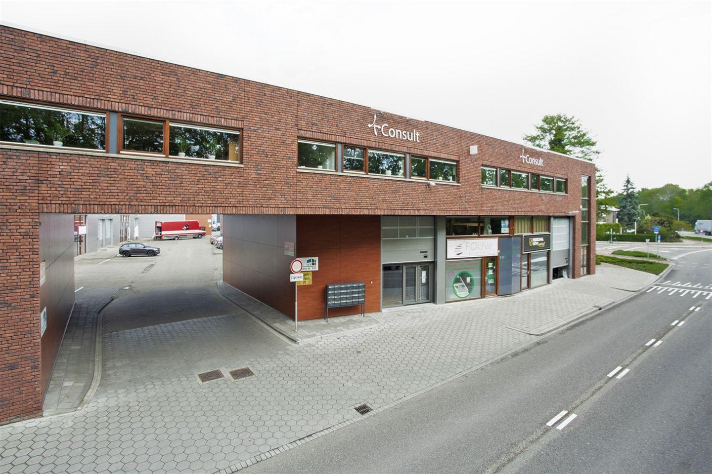 Bekijk foto 3 van H.A. Lorentzstraat 106