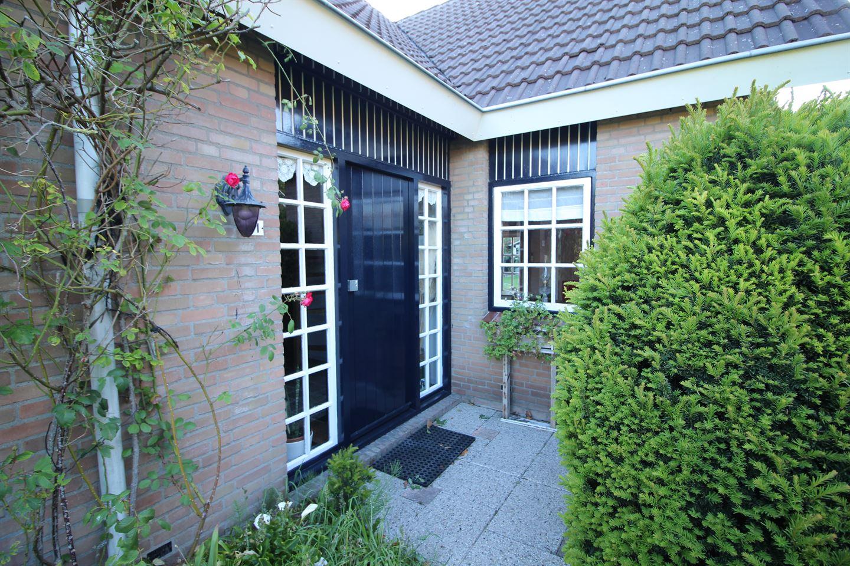 Bekijk foto 2 van Reaumurstraat 11