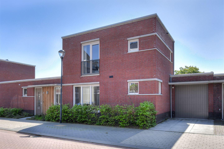 Bekijk foto 1 van Grimhuijsenhof 26