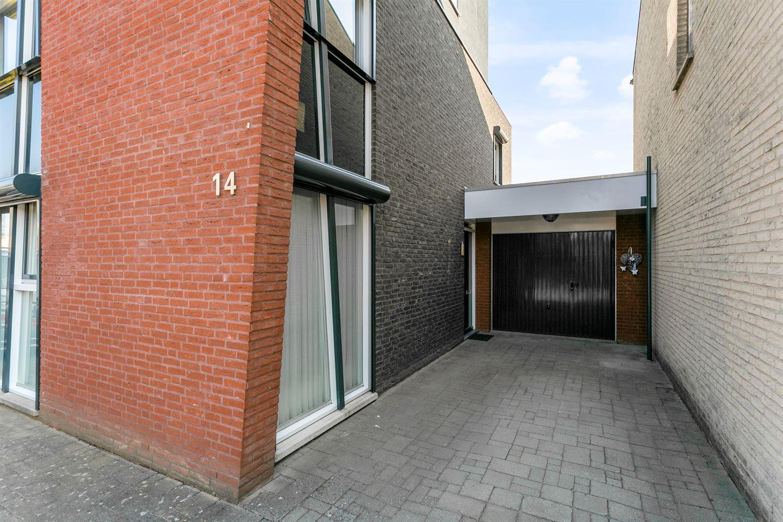 Bekijk foto 4 van Jean Monnetstraat 14