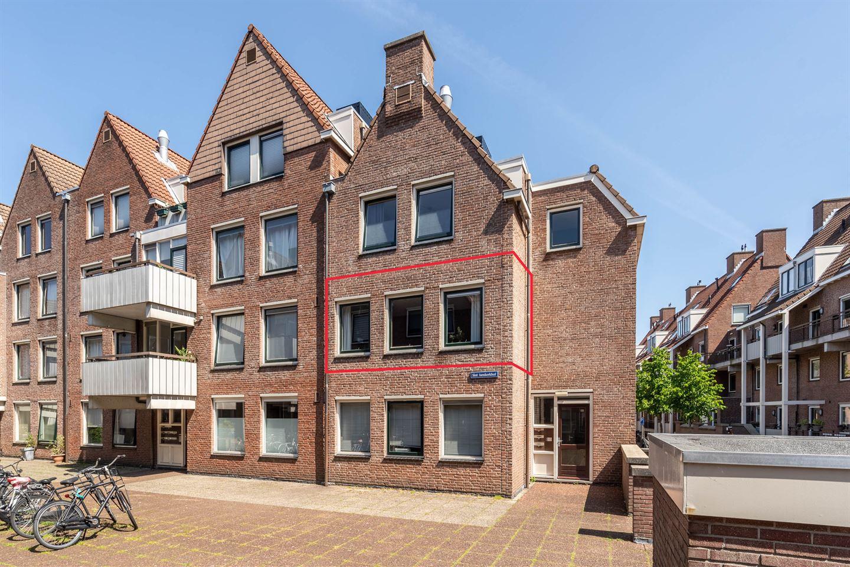Bekijk foto 1 van Sint Janskerkhof 94