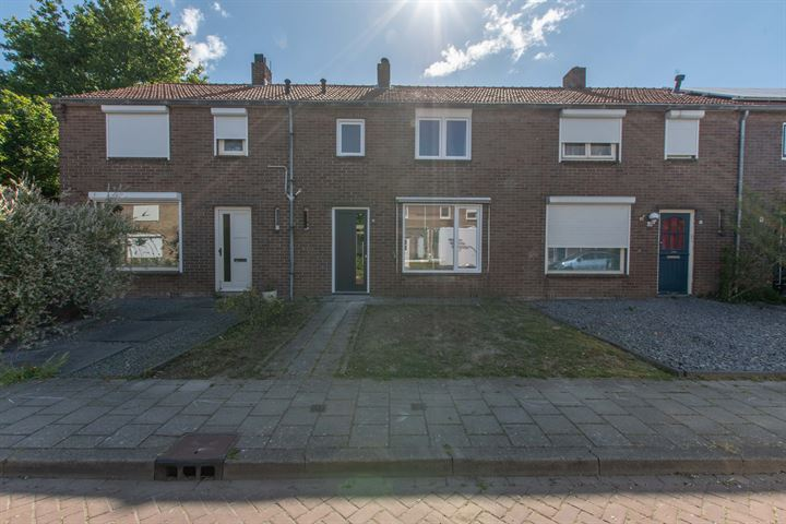 J A Molstraat 6