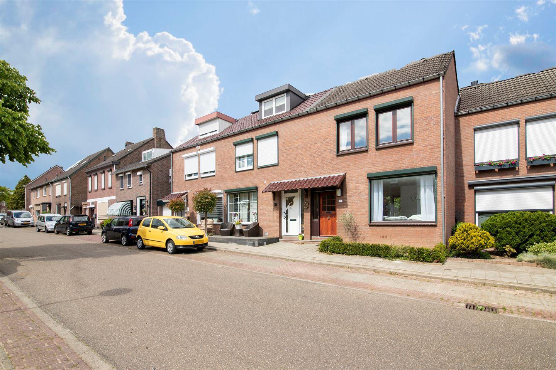 Bekijk foto 3 van Kasteelstraat 89