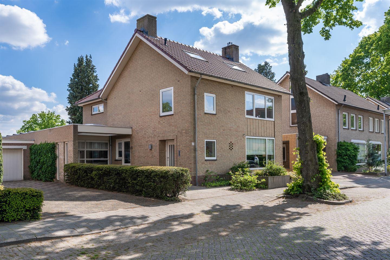Bekijk foto 3 van Weverstraat 49