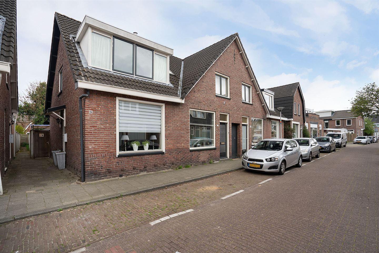 Bekijk foto 1 van Herman van Hoevellstraat 19