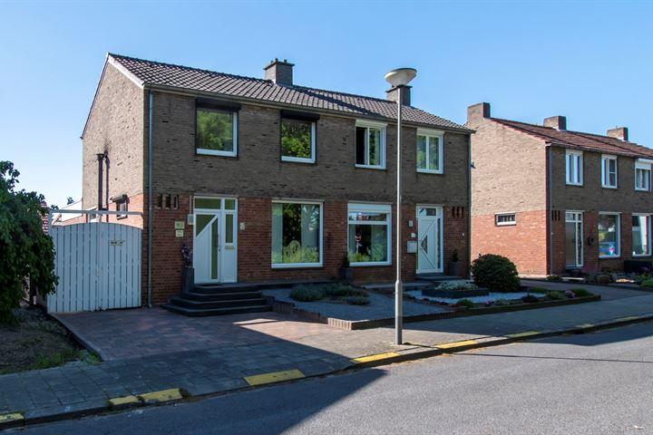 Jean Barbou van Roosterenstraat 8